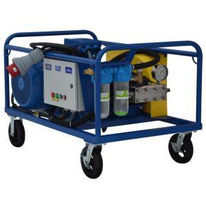 Poseidon apparatus series, 30 kW (380 V), 800-1,000 bar, 15-20 l/min