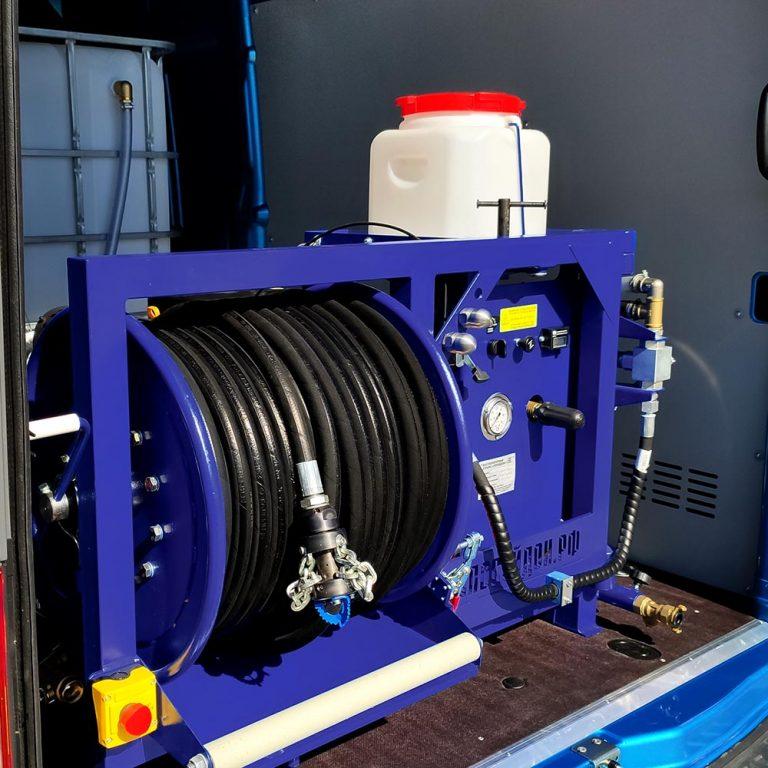 Series of Poseidon B35S-Manual-Th apparatus, 35 hp, 160-200 bar,  55-73 l/min